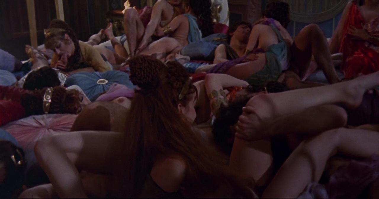 Фильмы спэрэводом эротика